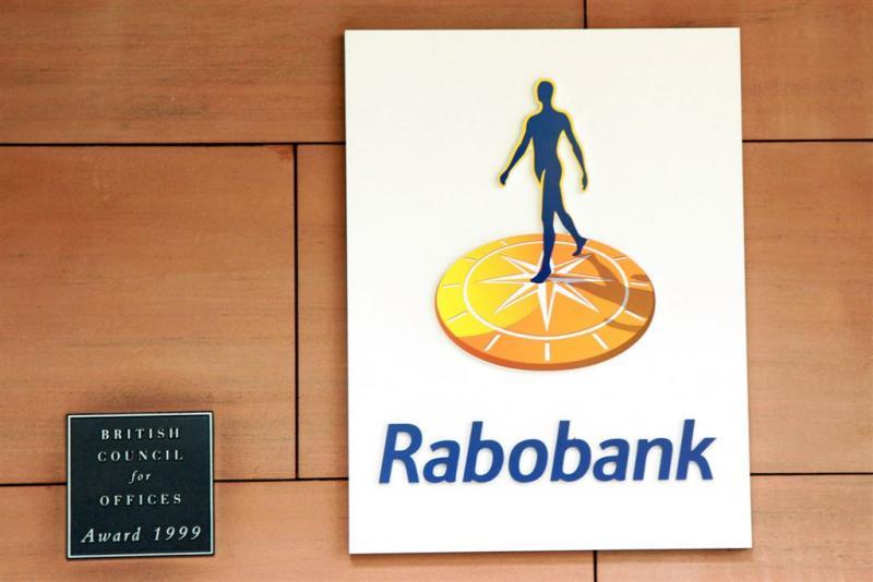 Winst Rabobank zakt fors