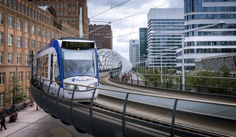 Nieuw metrostation Den Haag open
