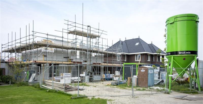 'Fors minder bouwvergunningen'