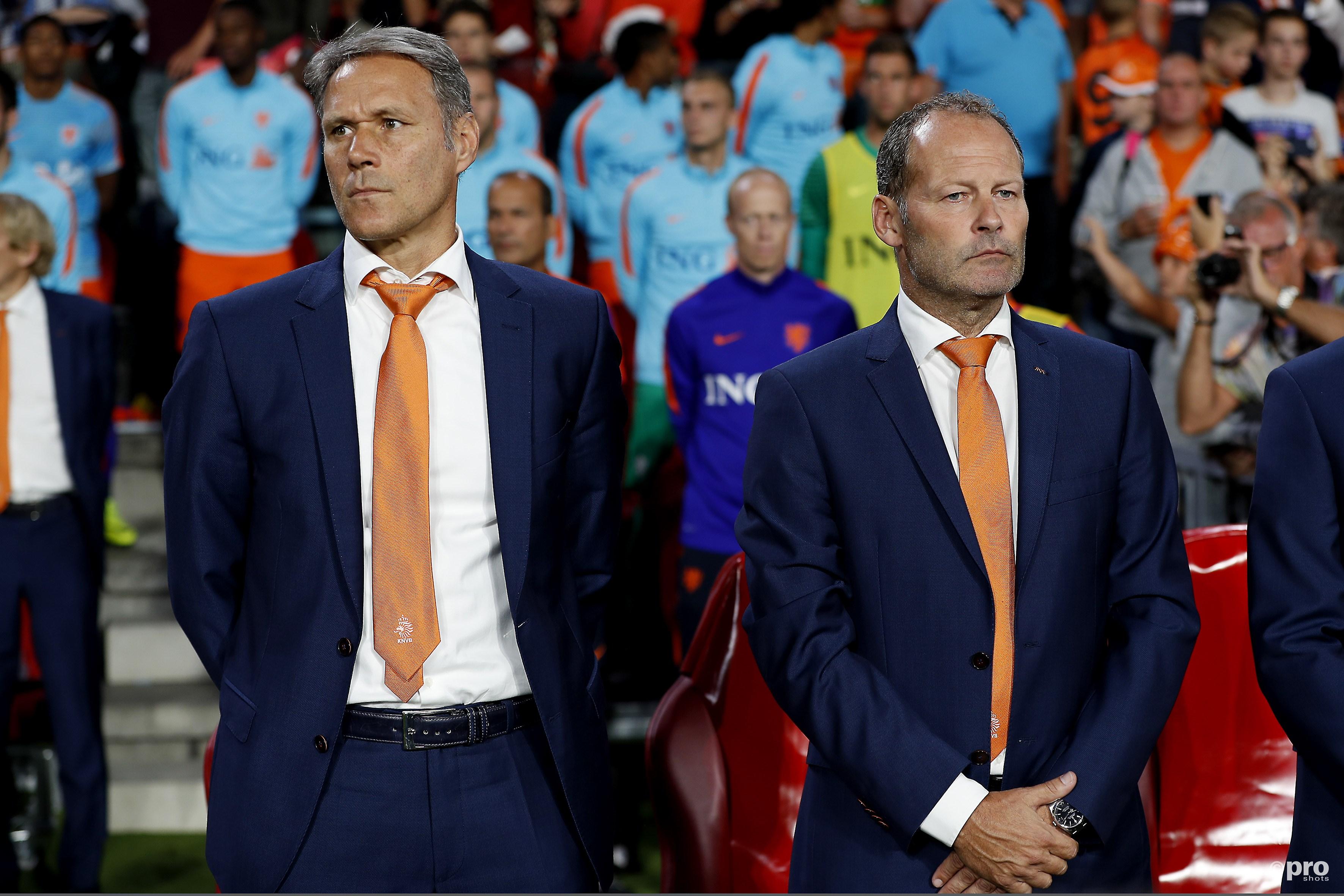 Marco van Basten en Danny Blind nu nog even naast elkaar. (PRO SHOTS/Stanley Gontha)