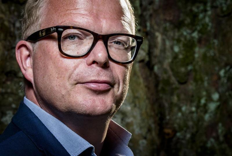 Roos snoept twee zetels af van Wilders