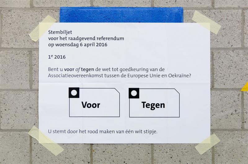 Referendumcommissie wil geld terug