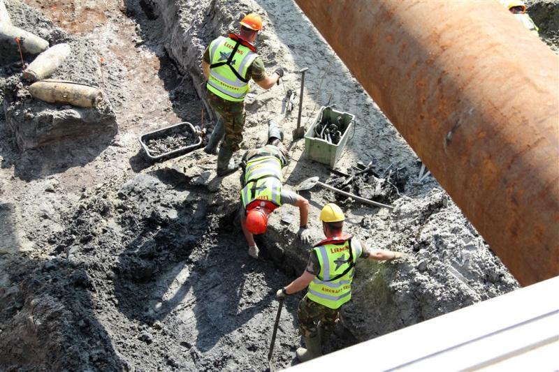 Bommen in IJsselmeer onschadelijk gemaakt
