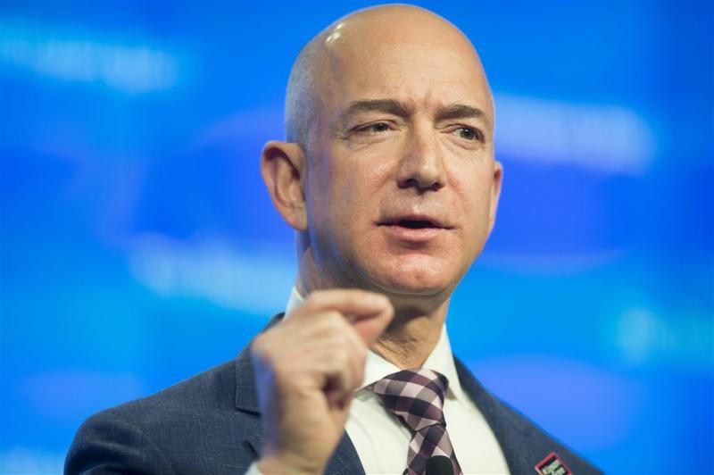 Amazon-baas gaat raketten bouwen