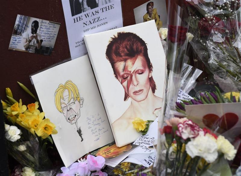 As David Bowie uitgestrooid op Burning Man