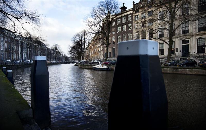 Minder hard varen in de Amsterdamse grachten