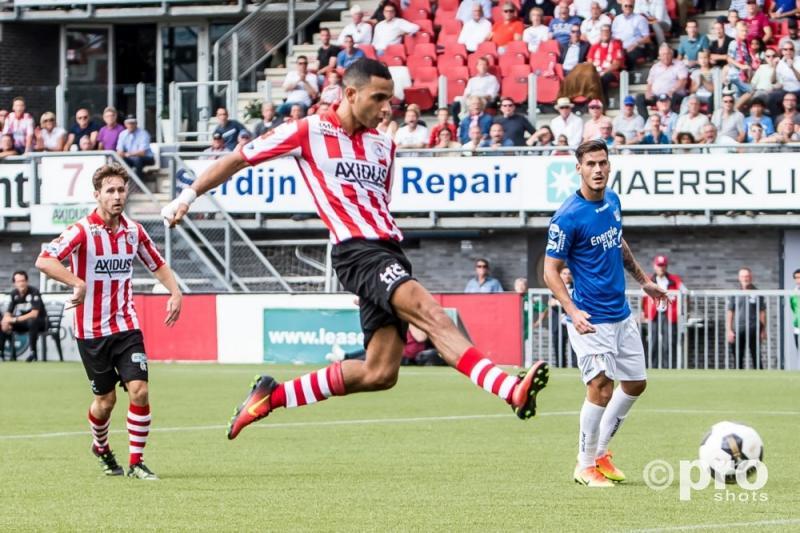 El Azzouzi besliste vlak voor tijd de wedstrijd (Pro Shots/Kay Int Veen)