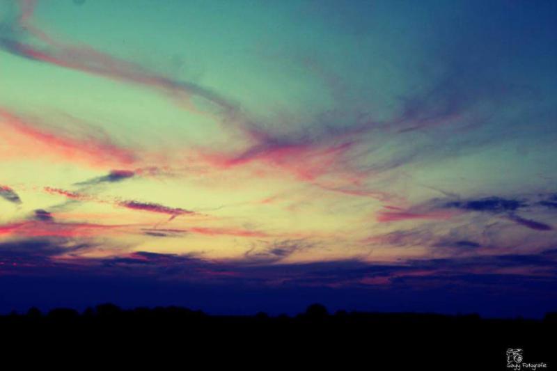 Mooie avondlucht in Heerlen (Foto: Luuntje)