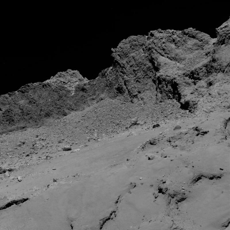 Foto van Osiris kleinbeeldcamera om 3:20 op 16 Km afstand (Foto: ESA)