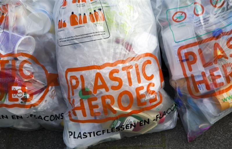 Plastic inzamelen voor recycling werkt niet