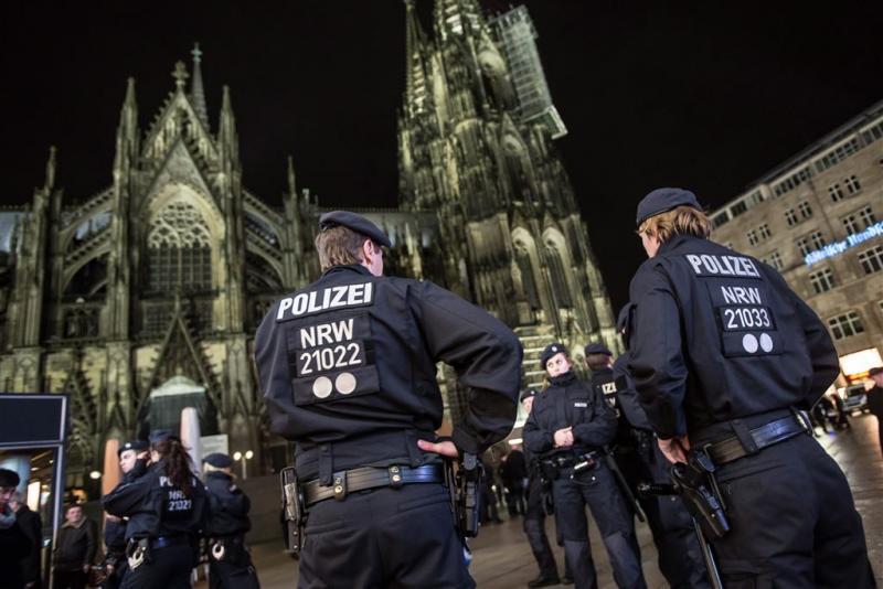 Veel meer politie bij jaarwisseling Keulen
