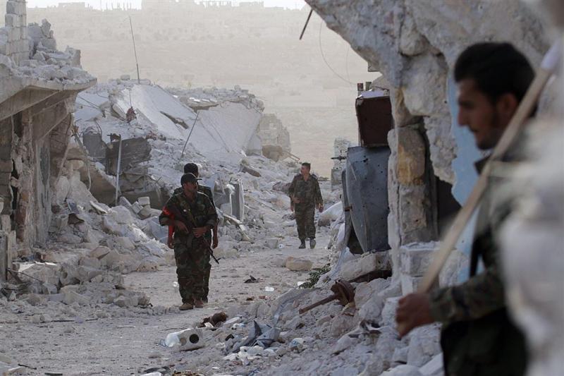 Markt in Aleppo gebombardeerd