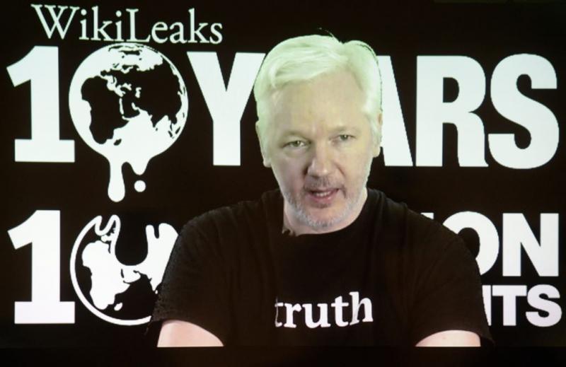 Verhoor Assange maand uitgesteld