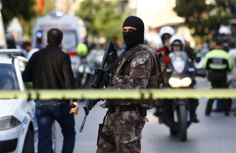 Turkse politie valt hogere rechtbanken binnen
