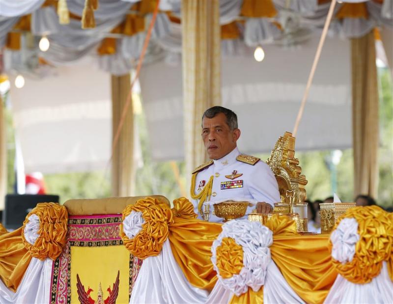 Thaise prins wil pas over jaar koning worden