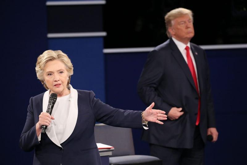 Clinton leidt met vier punten voor Trump