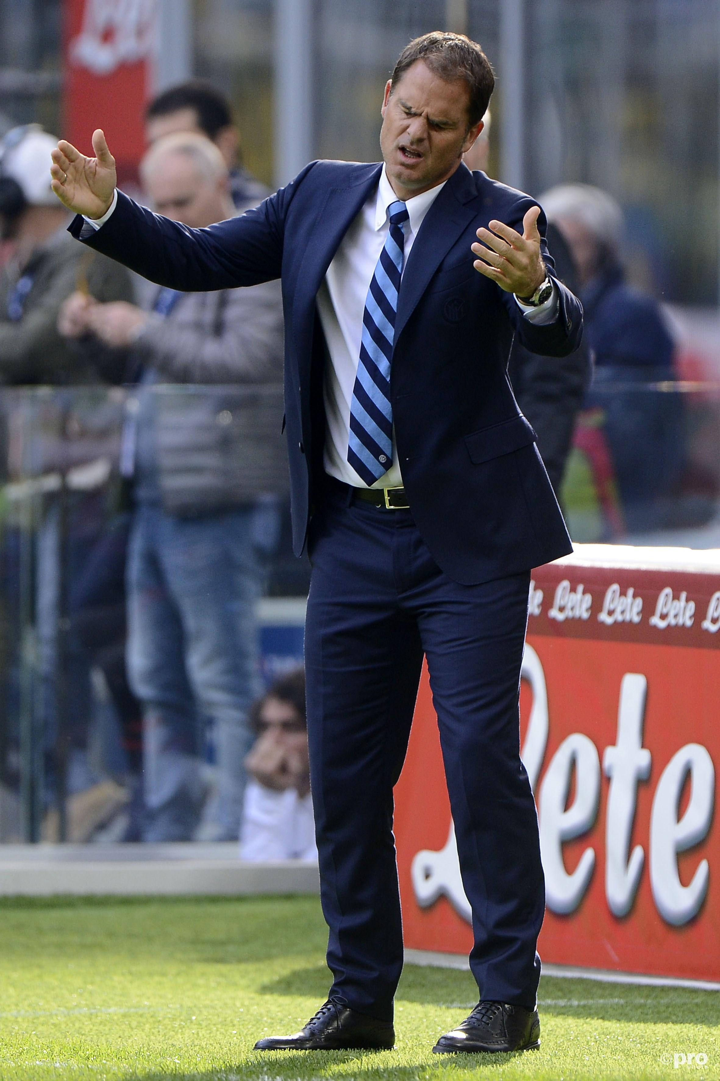 Problemen stapelen zich op voor Frank de Boer. (PRO SHOTS/Insidefoto)