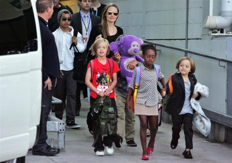 'Angelina en kinderen ondervraagd door FBI'