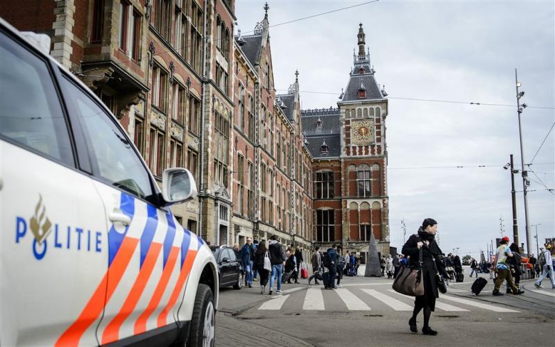 Extra politie-inzet tegen overlast Amsterdam