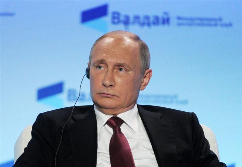 Poetin ontkent bemoeienis met verkiezingen VS
