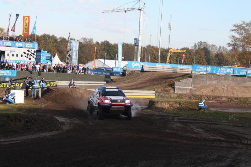 Erik van Loon was uiteindelijk het snelste van de auto's (Foto: FOK!sport/Nattekat)