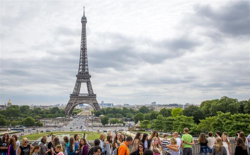 Veel toeristen mijden Parijs