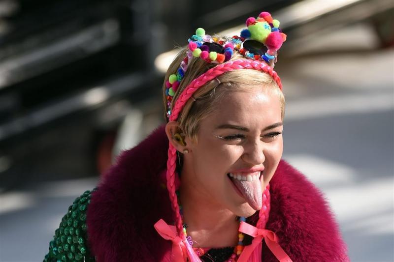 Miley Cyrus verlaat auto niet tijdens stemmen