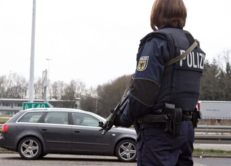 Duitse politie pakt 'thuiszorgcriminelen' op