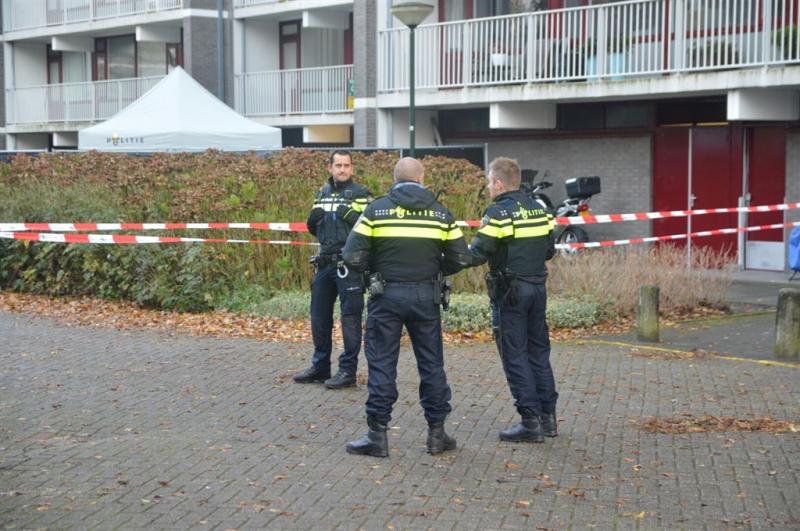 Twee doden in en bij flat Voorburg
