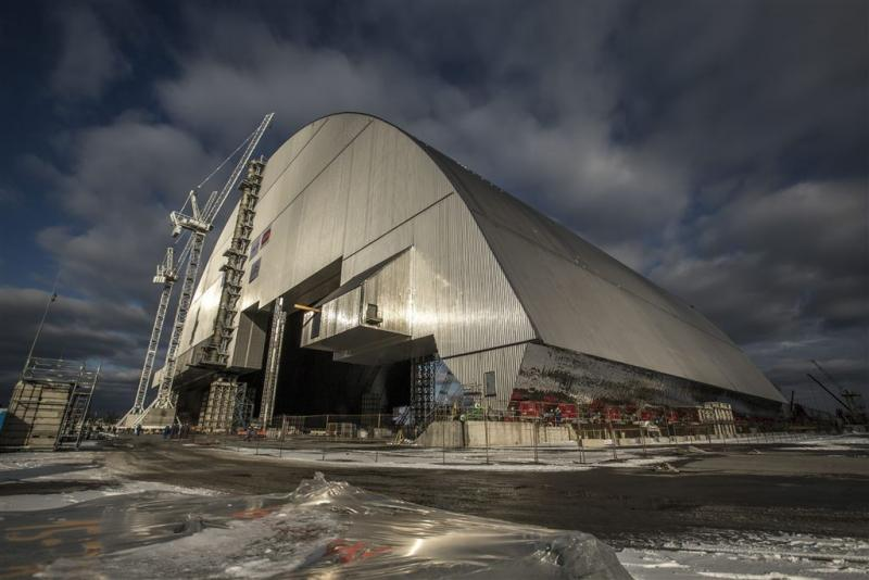 Nieuw omhulsel kerncentrale Tsjernobyl klaar