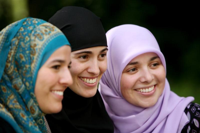 Meiden van Halal terug op televisie