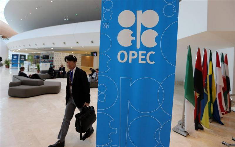 'Geen olie-overleg Saudi's en Russen'