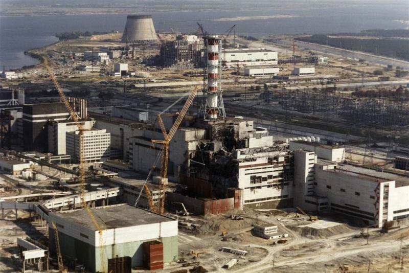Nieuw omhulsel kerncentrale Tsjernobyl af