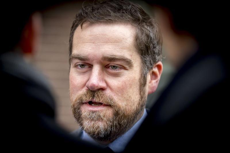 Staatssecretaris Dijkhoff in De Slimste Mens