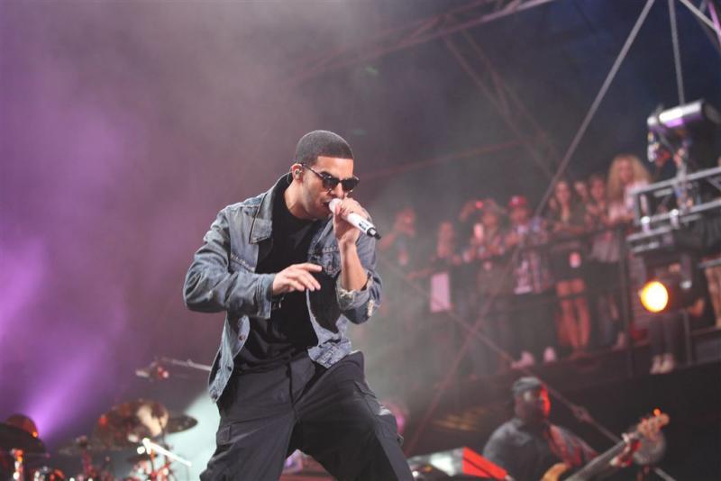 Bodyguard Drake mept toiletbezoeker