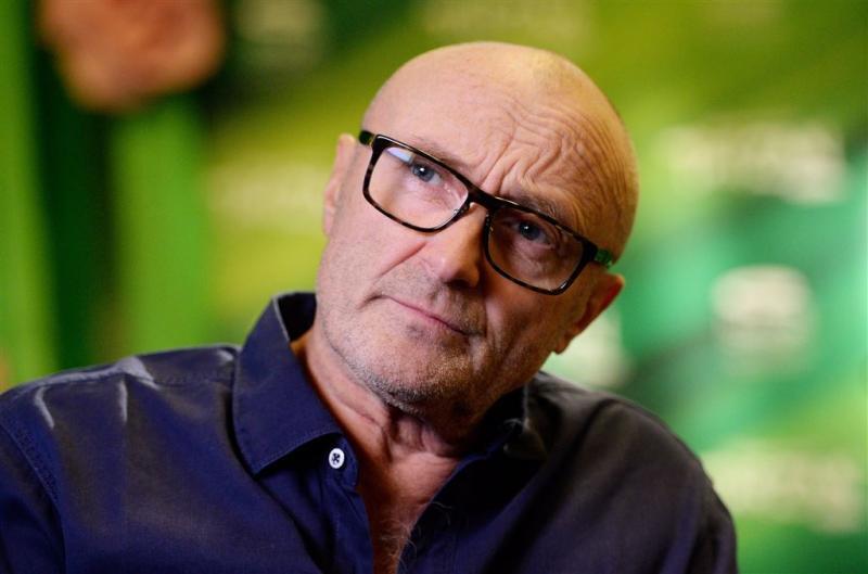 Phil Collins aangeklaagd door eerste vrouw