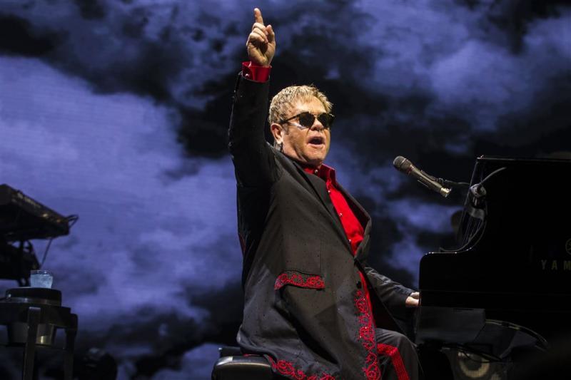 Elton John ontkent pensioenplannen