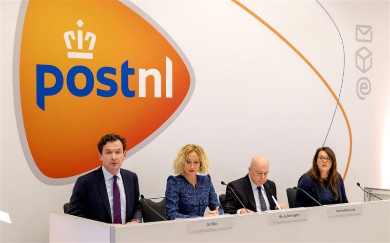 VEB: politiek de baas bij PostNL