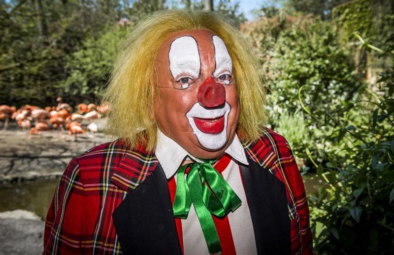 Zieke clown Bassie wilde uit leven stappen