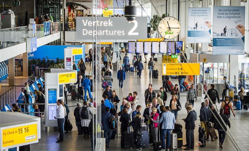 Nederland praat met VS over controles Schiphol