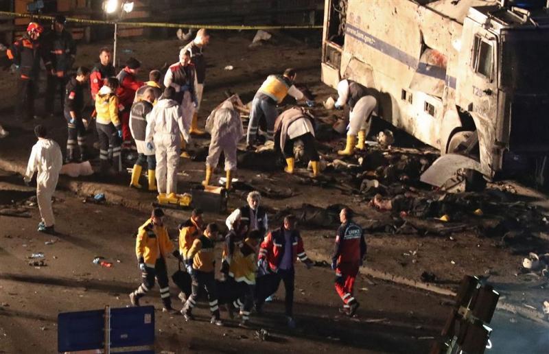 Dodental aanslagen Istanbul loopt verder op