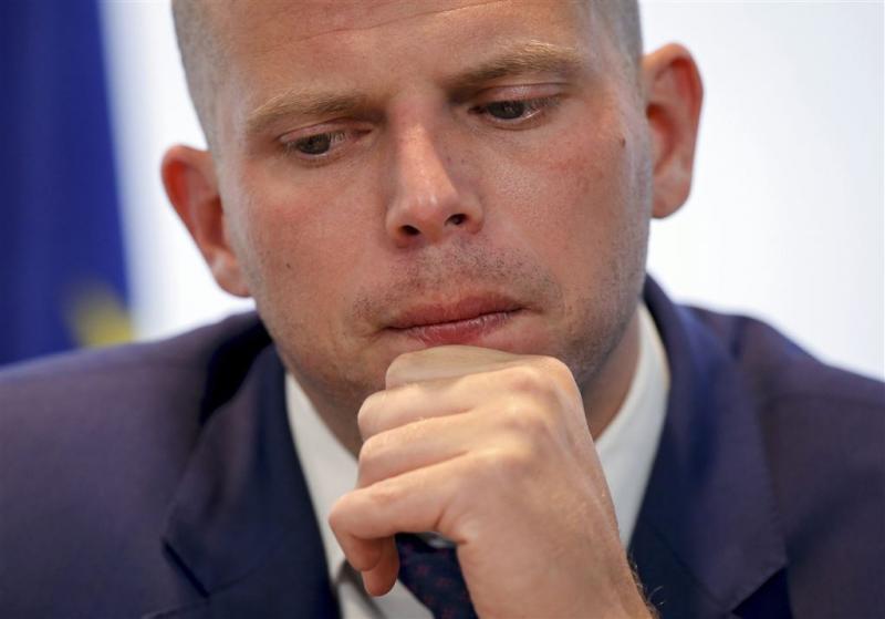 Belgische staatssecretaris Francken bekogeld