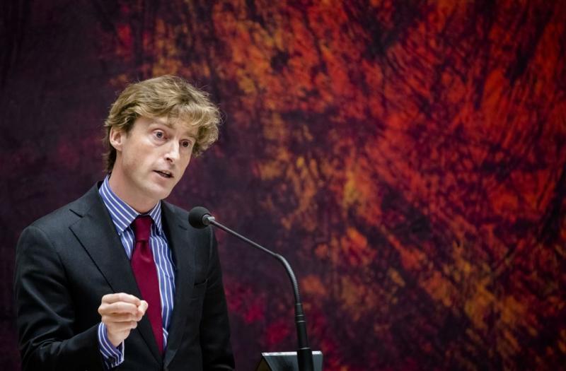VVD botst over holocaustontkenning