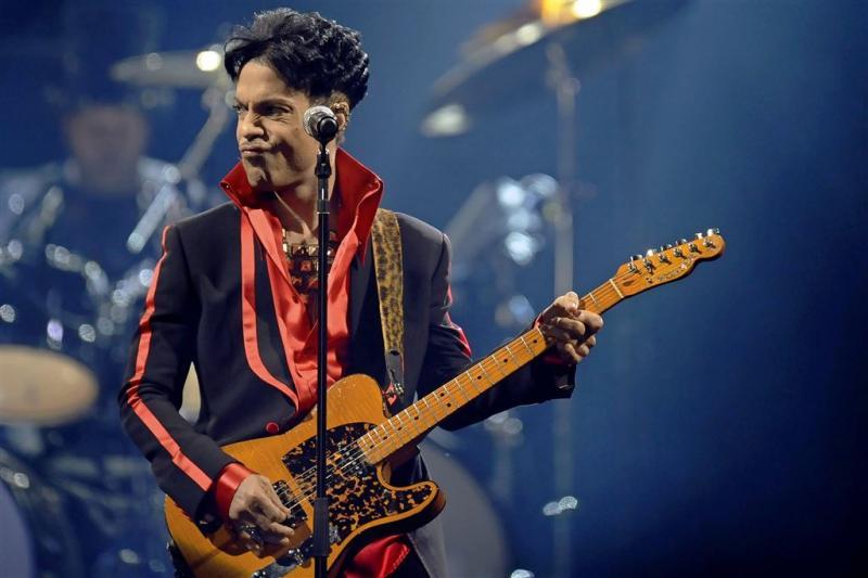 Ex-vrouw claimt tonnen van Prince