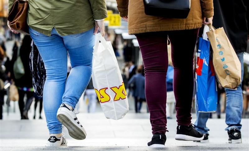 Consumenten geven meer uit
