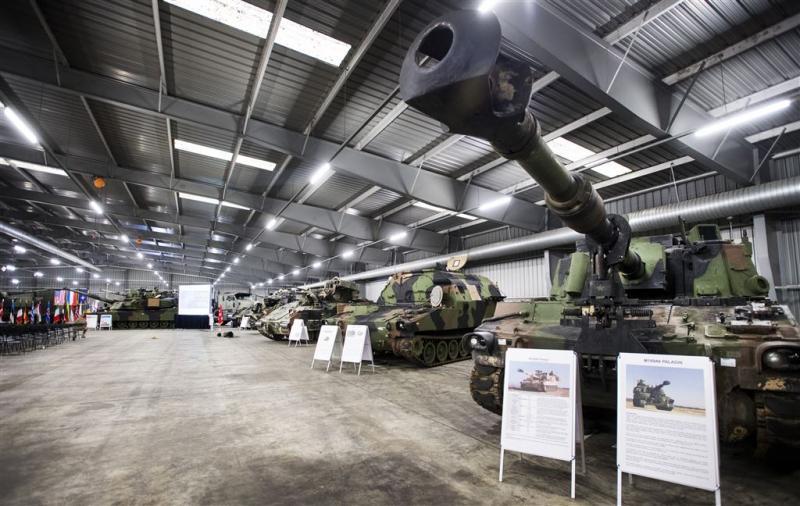 Moskou boos over tanks in Limburg en Krimgoud