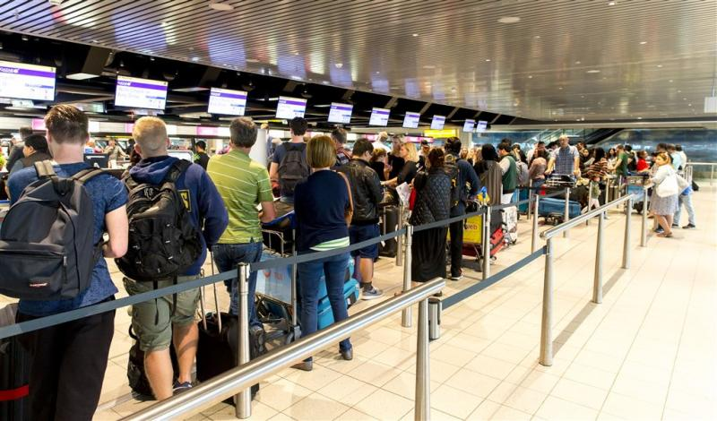 Recordaantal passagiers Schiphol en Eindhoven