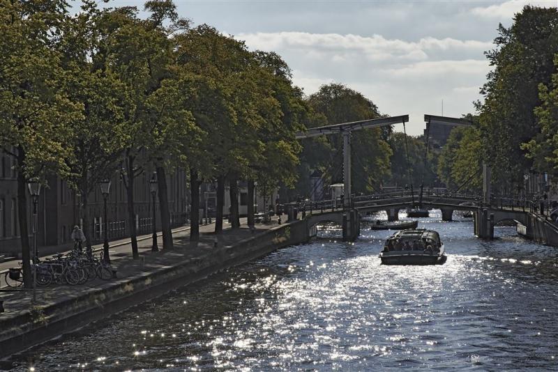 Goederenvervoer weer over Amsterdamse gracht