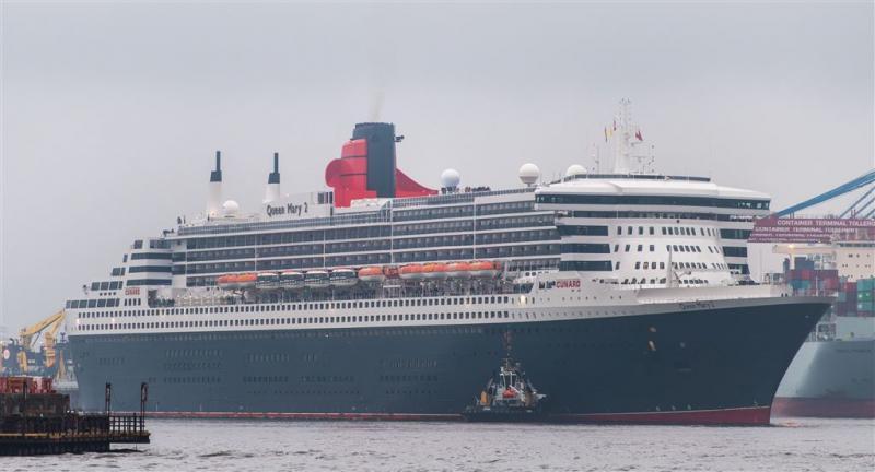 Bejaarde Britse valt van cruiseschip