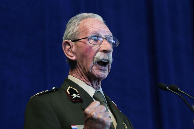 Grondlegger veteranenbeleid Meines overleden